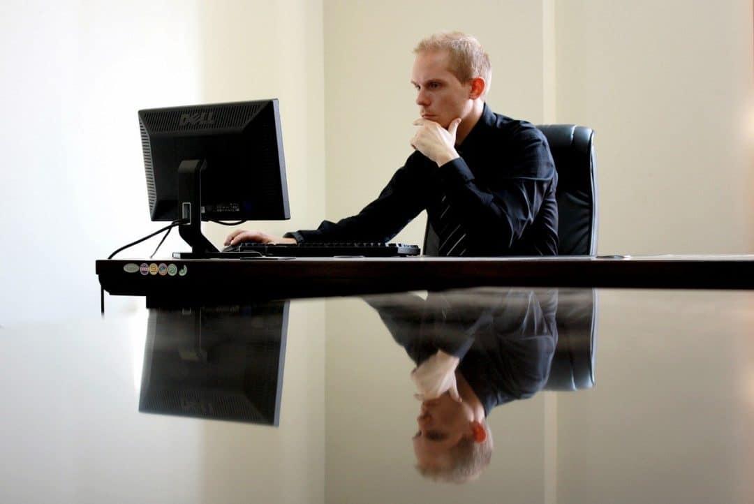 business, businessman, chair, riesgo mercado forex